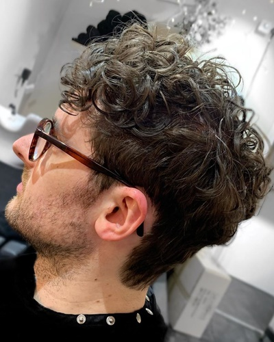 Disconnected Curly Undercut