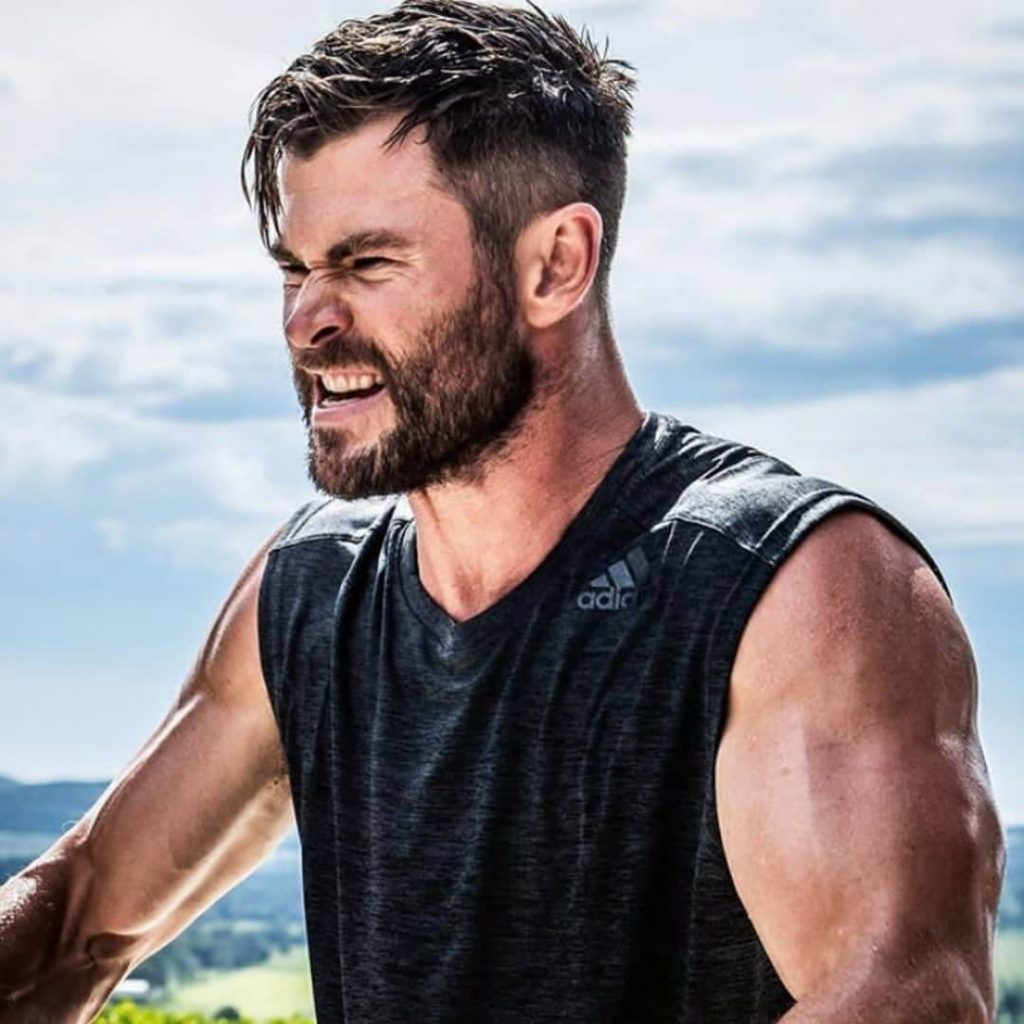 Disconnected Taper with Textured Top Chris Hemsworth Haircut