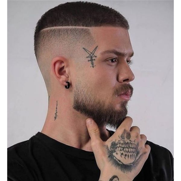 Ultra Short Disconnected Undercut Hairstyle with Razor Design