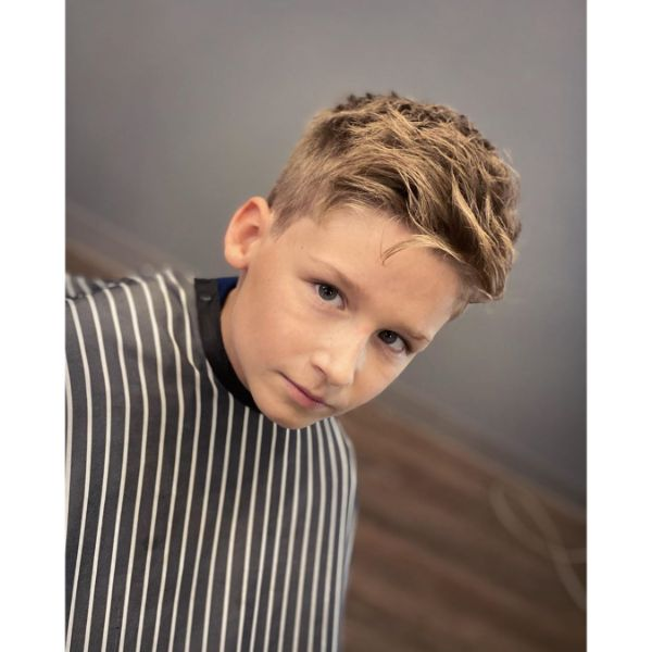 Easy Hairstyle with Short Back and Sides and Heavy Textured Top