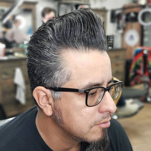 Traditional Pompadour Hairstyle for Older MenTraditional Pompadour Hairstyle for Older Men