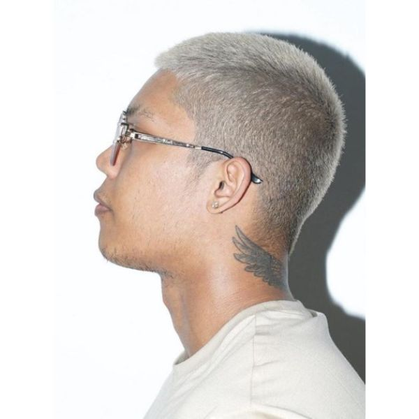 Ash Blonde Buzz Cut Hairstyles for Asian Men