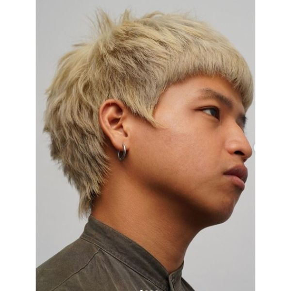 Bleach Blonde Messy Crop Hairstyles for Asian Men