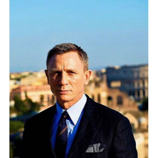 Daniel Craig's Taper Haircut with Side Part