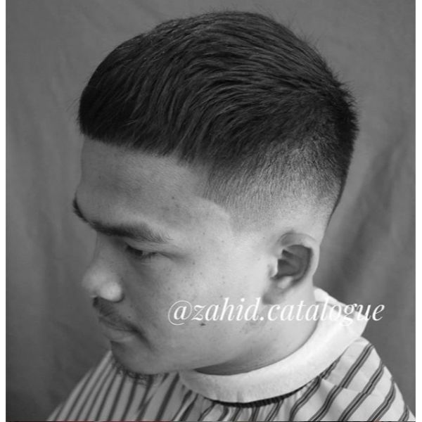 Low Fade Textured Crop Hairstyles for Asian Men