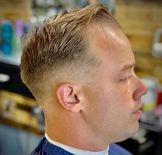 Sharp Taper Cut with Side-swept Front