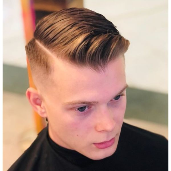 Side Part and Skin Fade Hairstyle for Teenage Guys