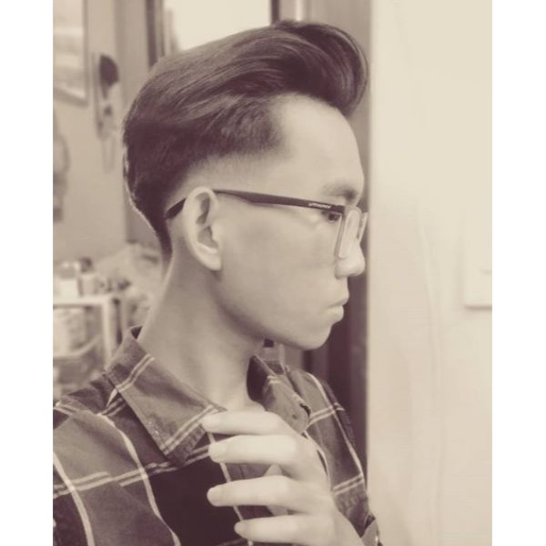 Tight Skin Fade with Pompadour Hairstyles for Asian Men