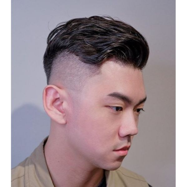 Disconnected Undercut with Wavy Long Top