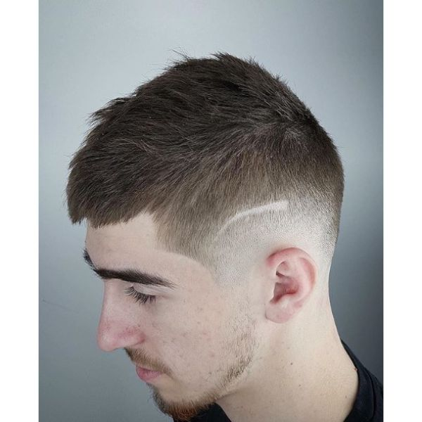 Faded Crop With Side Razor Line