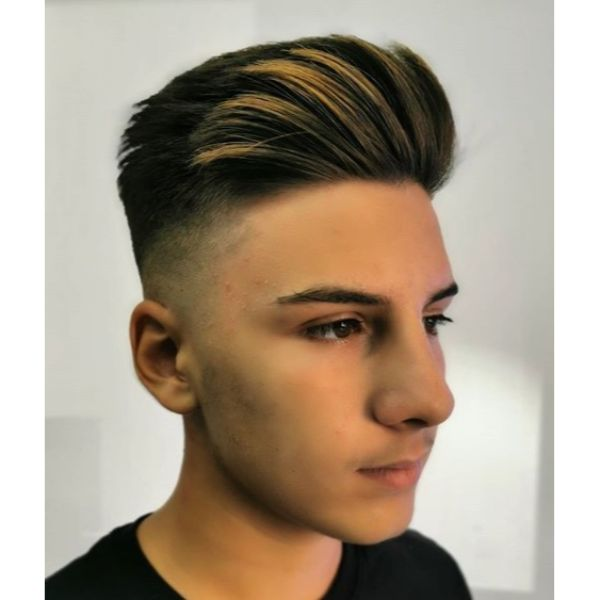 Hi-top with Undone Side-swept Pomp Short Haircut