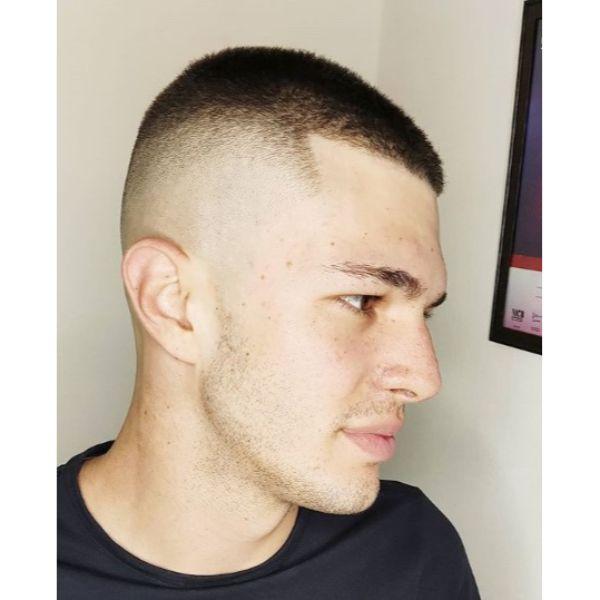 Razor Fade Buzz Cut Short Haircuts For Men