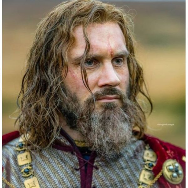 King Rollo's Messy Hairstyle
