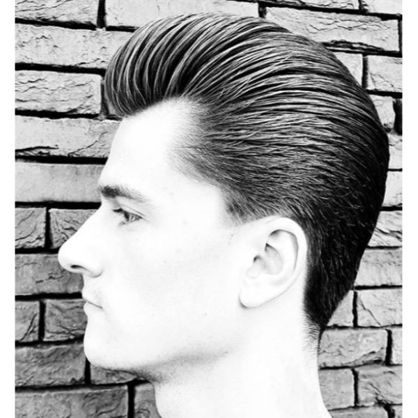 Long Trim Slick Pompadour Hairstyles For Men With Thick Hair