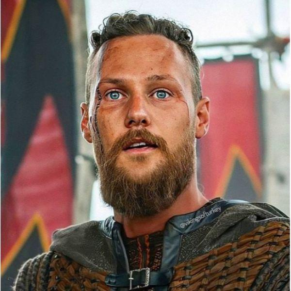 Short Messy Top with Medium Long Beard Viking Hairstyles