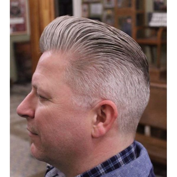 Pomp with Long Trim Gray Hairstyle silver grey hair men