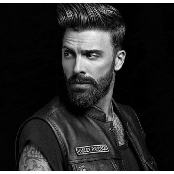Skin Fade with Up-swept Hairstyle For Men With Straight Hair