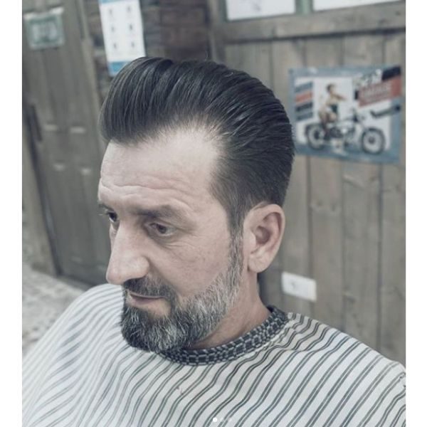Classic Chopped Long Trim Pompadour Hairstyle