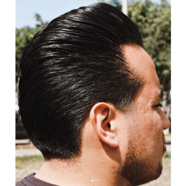 Classy Greasy Hairstyle 1950s mens hairstyles