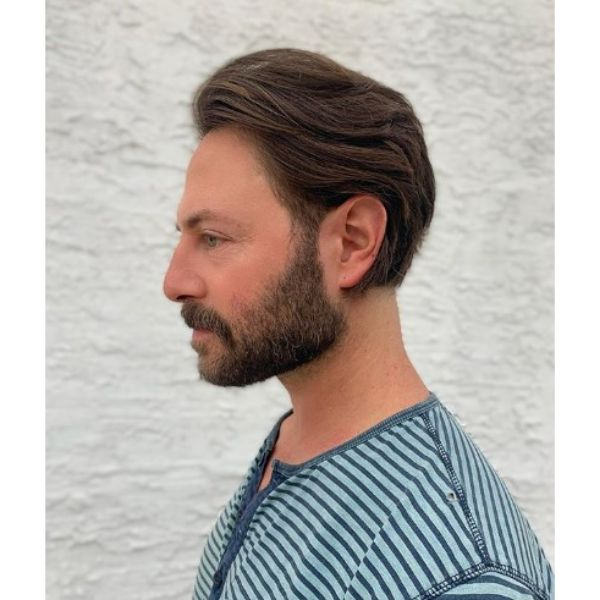 Flow Haircut with Mature Hairline