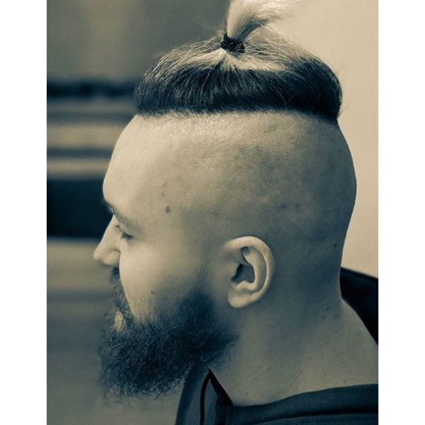 Japanese Style Top Knot With Shaved Sides Hairstyle Hairstyles For Men With Receding Hairlines