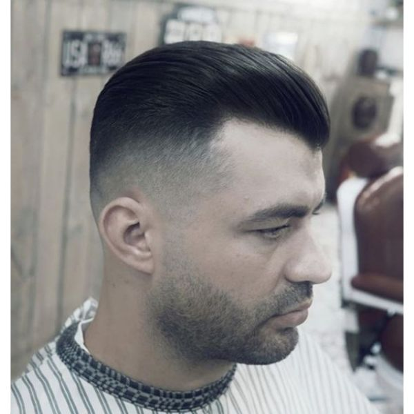 Oldschool Pompadour with Faded Sides