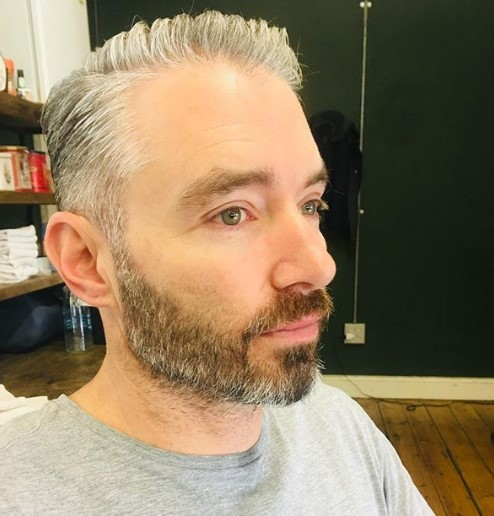Silver Gray Textured Taper Hairstyle