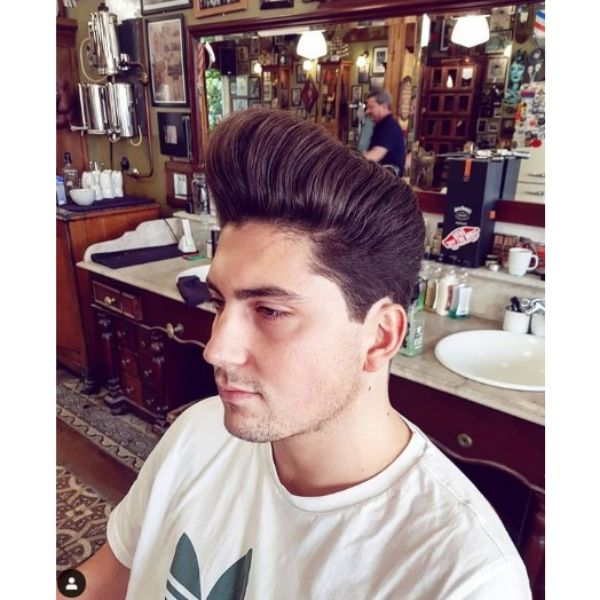 Ultra-high Easy Hairstyle with Long Trimmed Hairstyle 1950s mens hairstyles