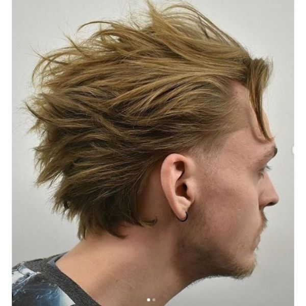 Blonde Layered Hairstyle With Falling Strands layered haircuts for men