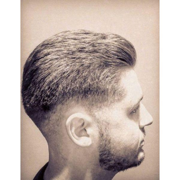 Blurry Chin Strap Beard Hairstyle