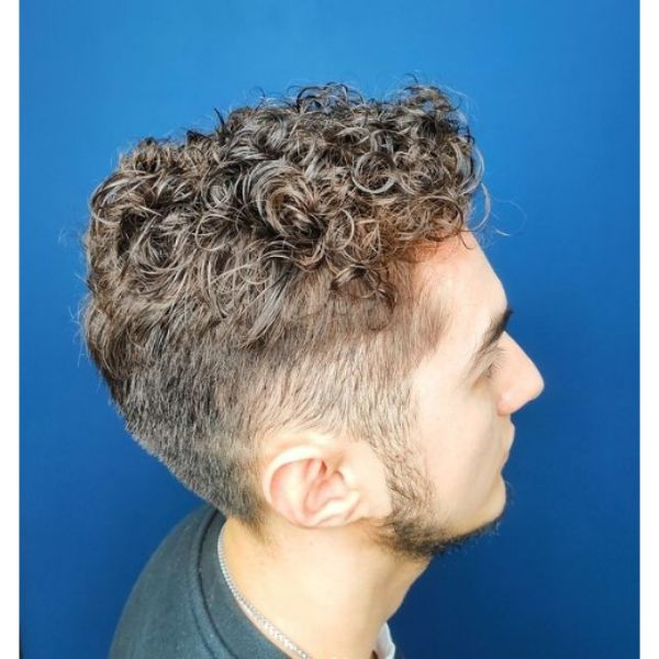 Blurry Fade with Curly Perm