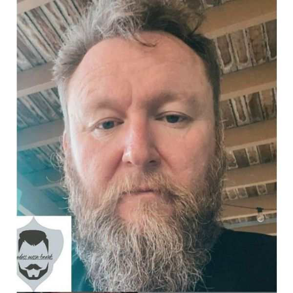 Ducktail Beard For White Hair