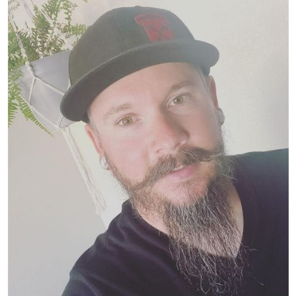 Extra-long Goatee Beard For Oval Face