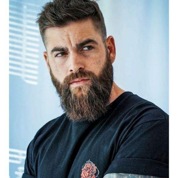 Medium Long Beard Shape Short