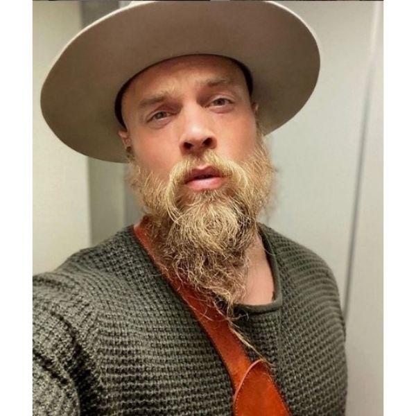 Shaggy Beard With Long Mustache