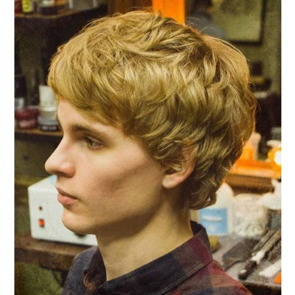Shaggy Blonde Layered Haircuts For Men