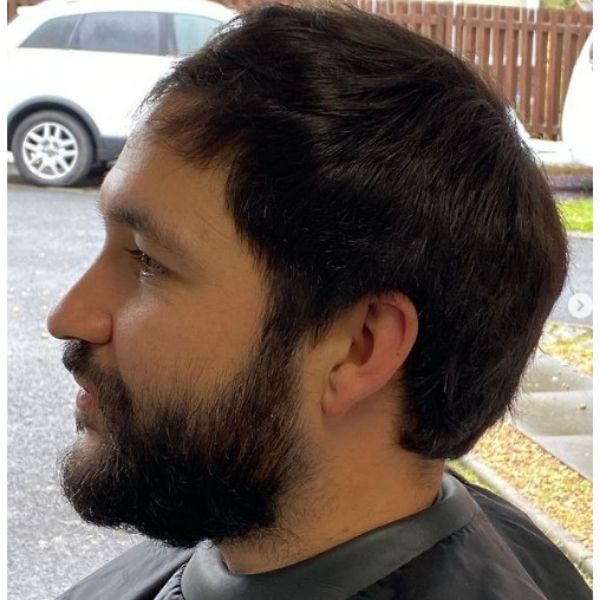 Soft Feathered Short Haircut With Beard