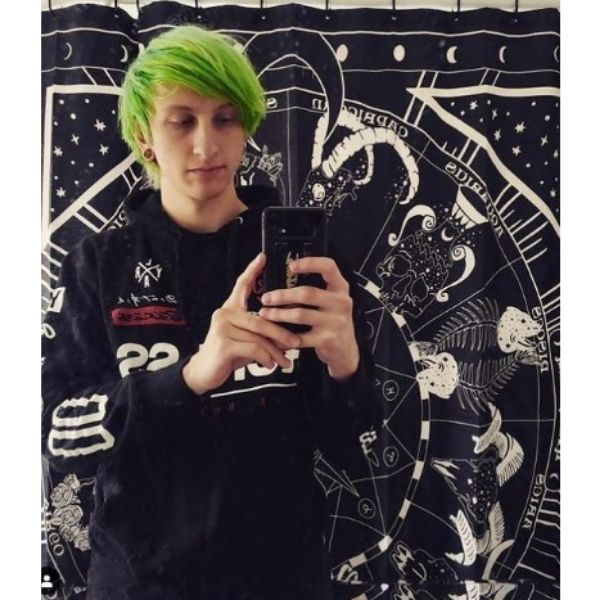 Bright Green Emo Hairstyle For Guys