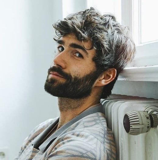 Dark Short Full Beard With Short Trimmed Mustache