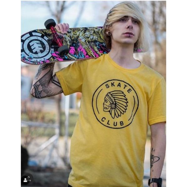 Emo Style Blonde Hair With Deep Part