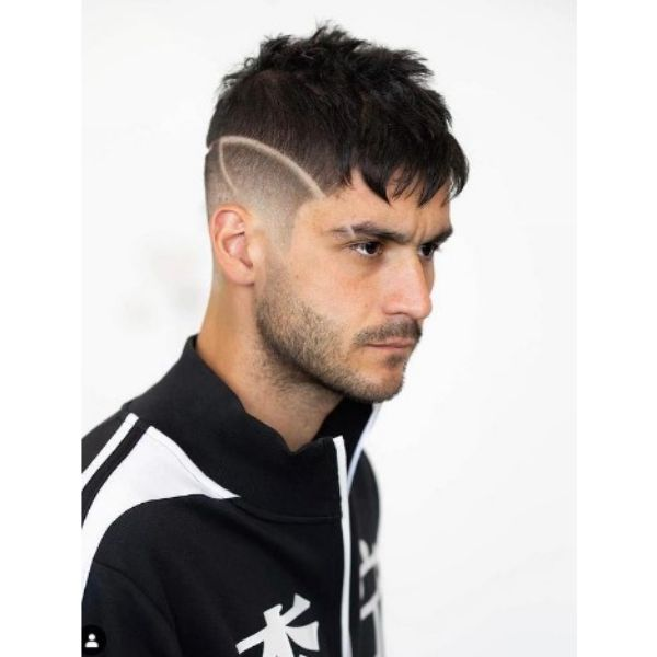 High fade haircuts for men With Baby Bangs And Side Razor Design