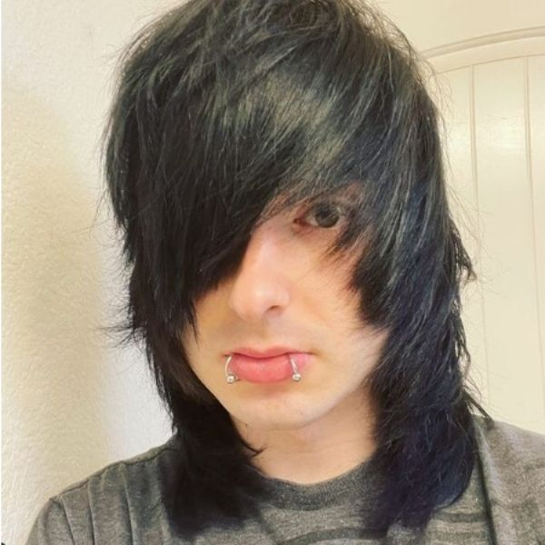 Long Layered Emo Hairstyle With Side-swept Bangs