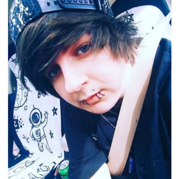 Short Emo Hairstyles For Guys With Urban Hat