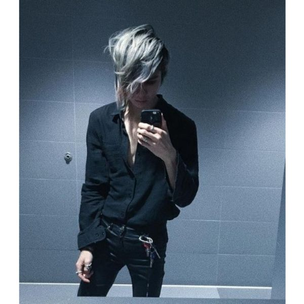 Side-swept Asymmetric Emo Hairstyle For Guys