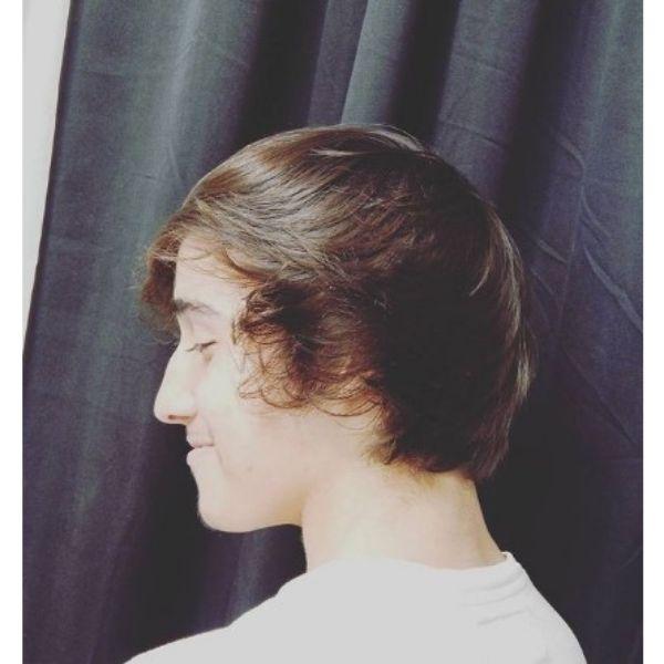 Medium Short Hairstyle Skater Hairstyle For Men
