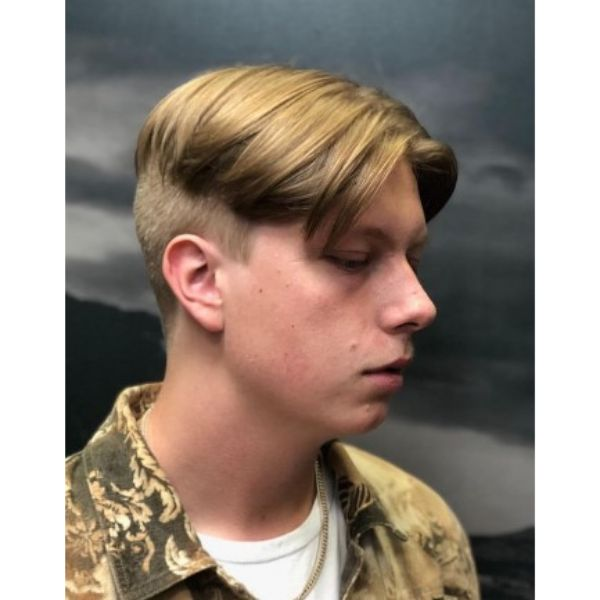 Thin Blonde Smooth Skater Hairstyle For Men