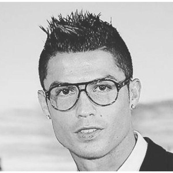 Short-Preppy-Haircut-Spiky-Top-Cristiano-Ronaldo-Hairstyles