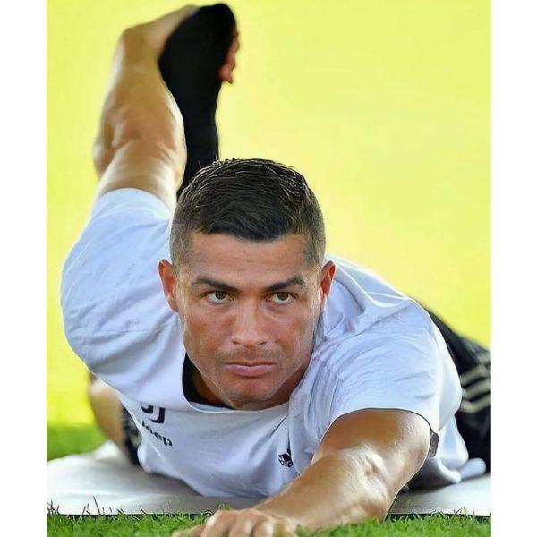 Smooth Comb-over With Zero Fade Cristiano Ronaldo Hairstyles